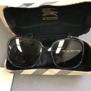NWT Burberry Oversized Square Framed Sunglasses